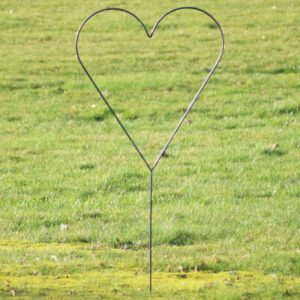 Bryllups hjerte på spyd i jern - L70 x B70 x H120 cm